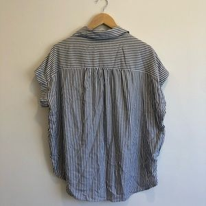 Madewell Tops - Madewell striped short sleeve button up- NWT